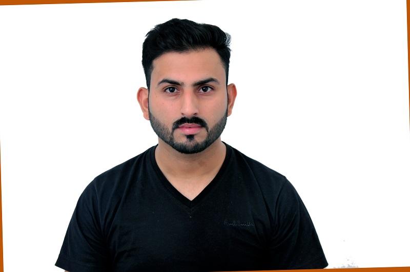 Nouman Zaman Rayna Tours L L C Uae Travel Consultant Jhelum