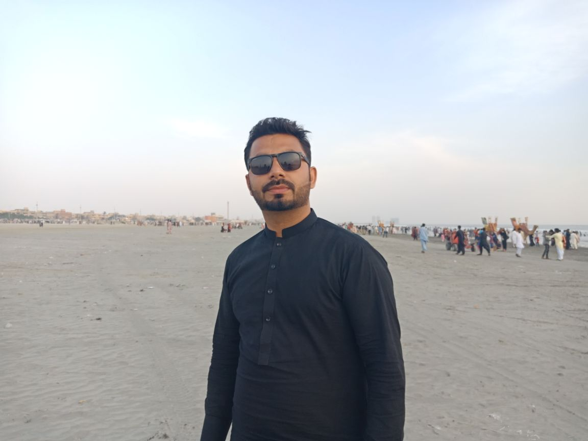 Sadiq Ali Presentations, CSS, Data Entry, Customer Support, Windows 8