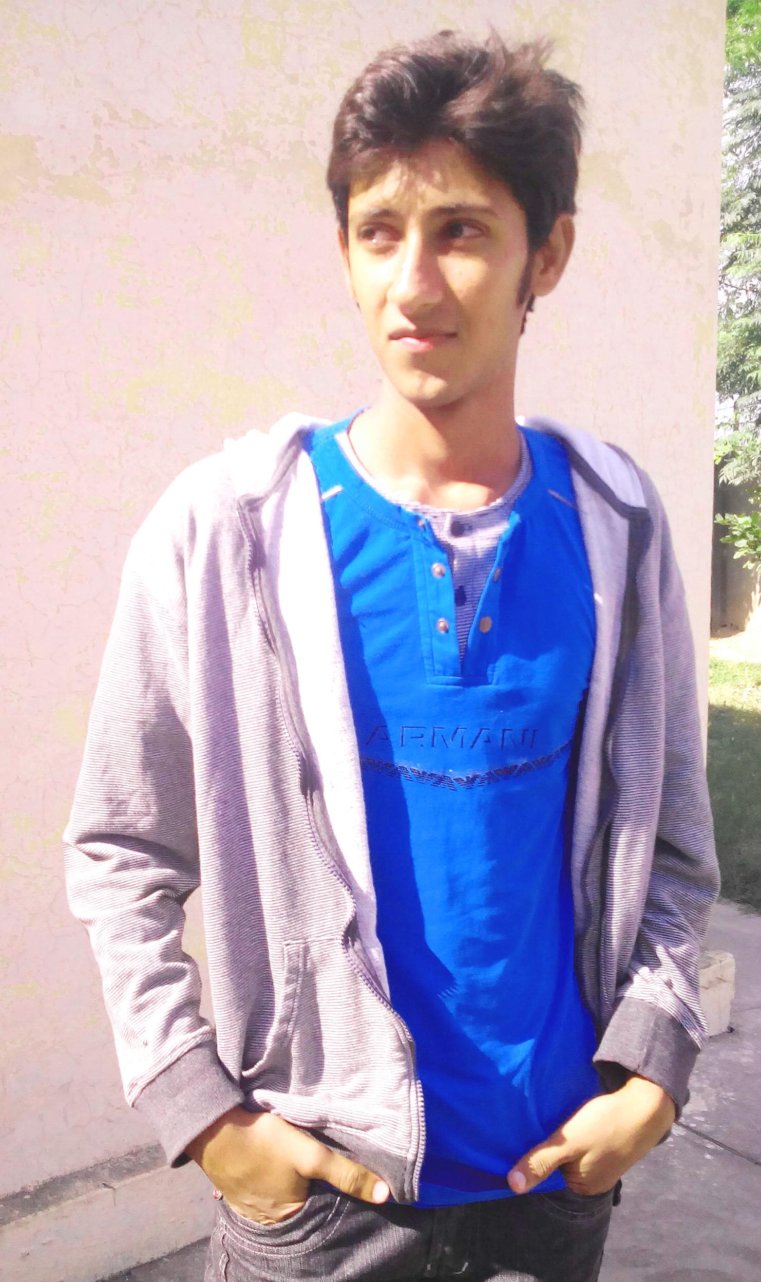 Faisal Jutt Music, Accounting, Data Entry, Windows Desktop, Gardening