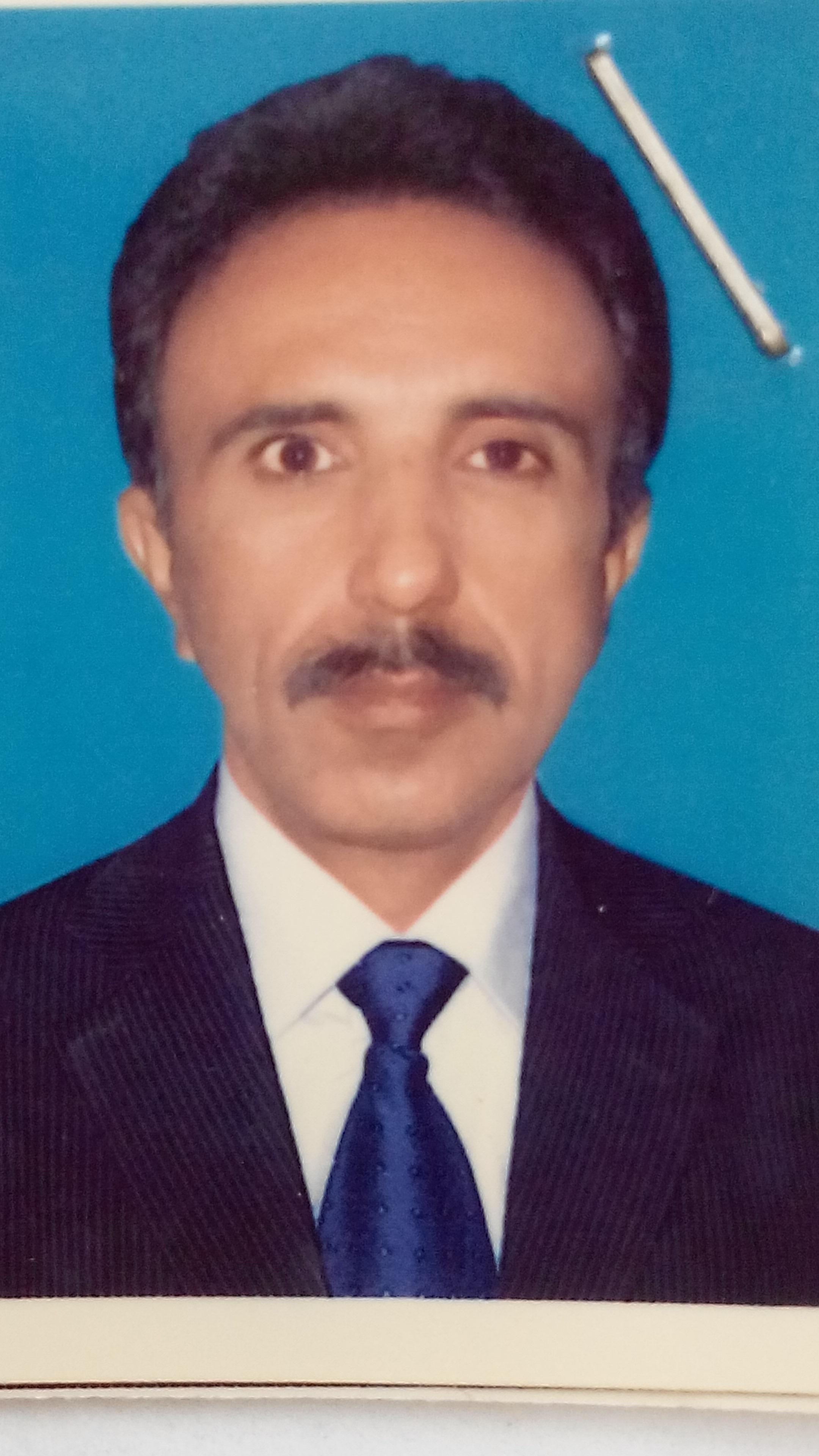 Asad Laghari Windows Server, Windows Desktop, Apache, Computer Security, System Admin