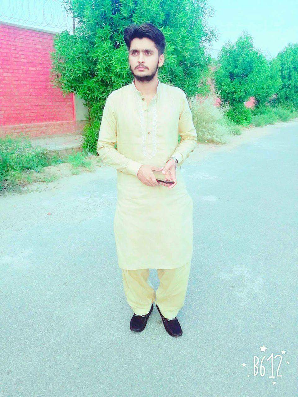 Abdul Hannan Sarwar Fashion Modeling, Engineering, Logistics & Shipping, Punjabi, Urdu