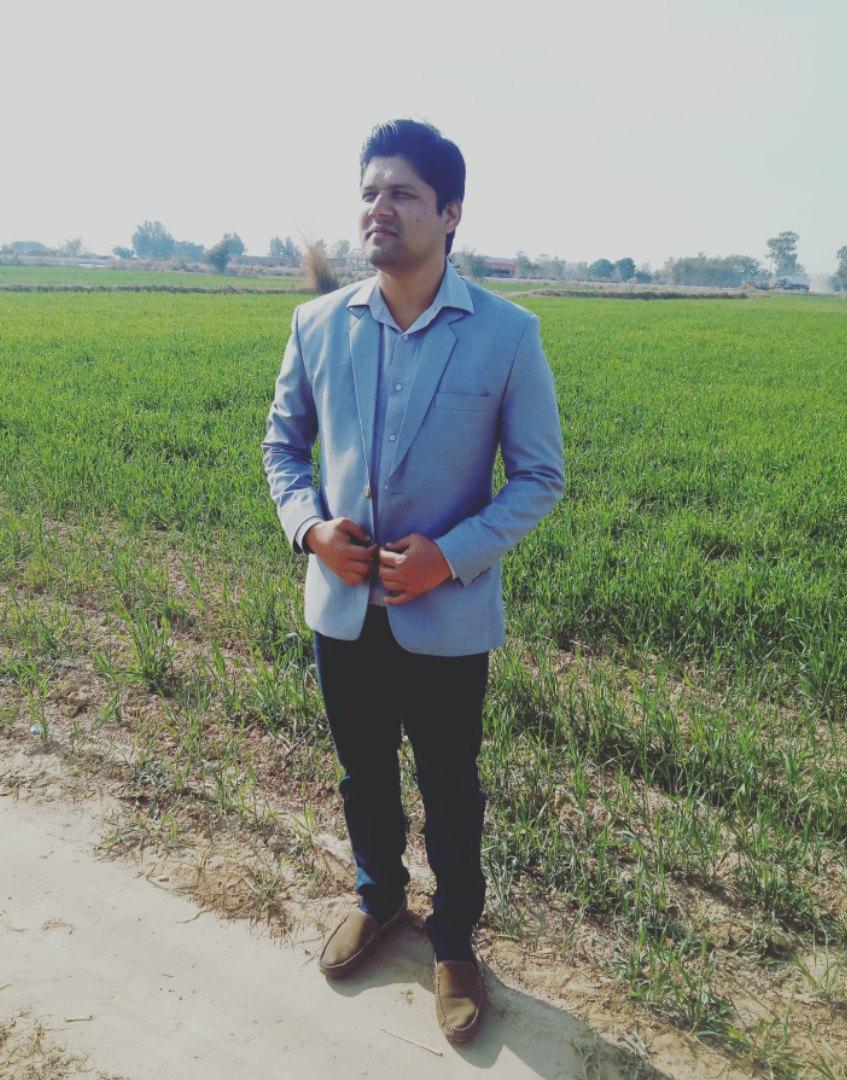 Nasir Ishfaq Presentations, Voice Talent, Word, Finance, Virtual Assistant