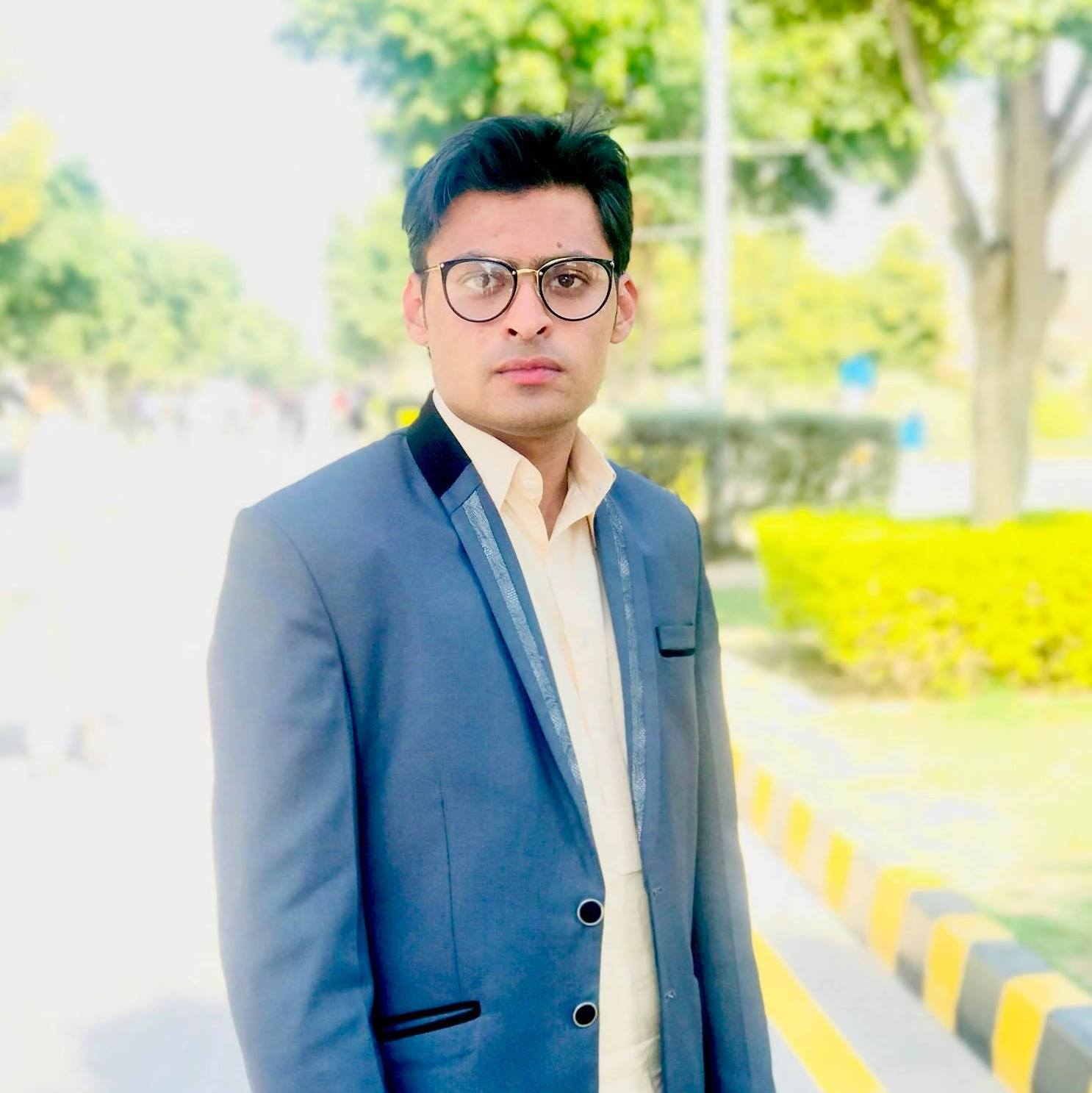 Muhmmad Azam Accounting, Audit, Business Analysis, Finance, Human Resources, Inventory Management, Management, Risk Management, Tax, Corporate Transactions
