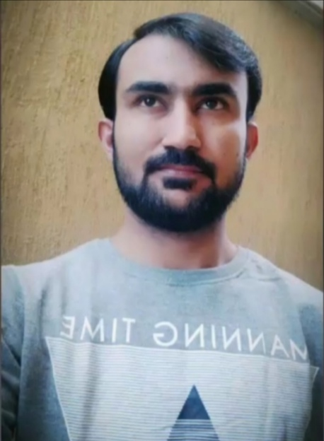 Sindhi, Urdu, English, Arbic Car Driving Freelancer